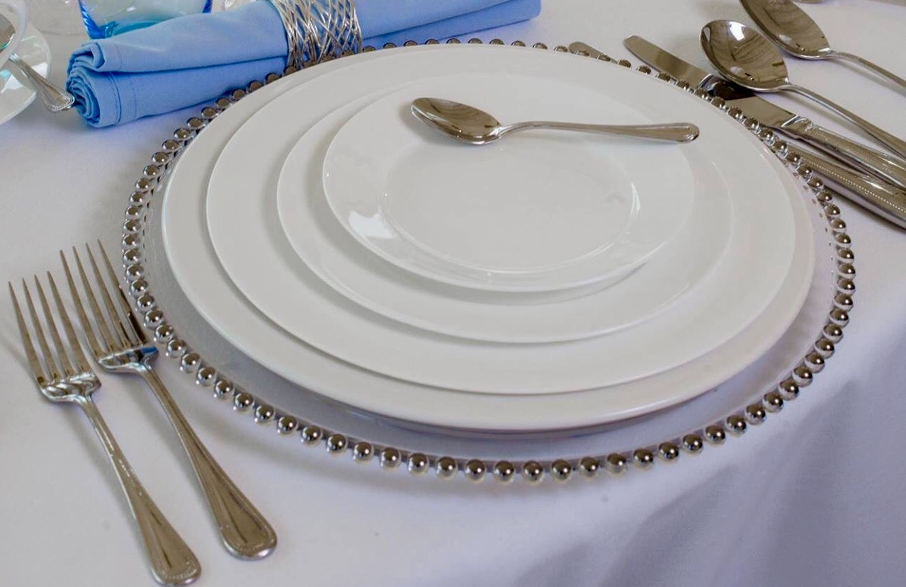7in Round White Fine Bone China Tea/Side Plate & 7in Round White Fine Bone China Tea/Side Plate \u2013 A Place Setting